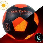 Ballon-de-football-lumineux-NightMatch-pompe--ballons-incluse-Illumin-de-lintrieur-par-deux-LED-lorsque-quon-le-frappe-Lumire-de-nuit-ballon-Taille-5-Taille-et-poids-officiels-Qualit-suprieure-noir-or-0-0