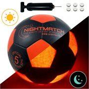 Ballon-de-football-lumineux-NightMatch-pompe--ballons-incluse-Illumin-de-lintrieur-par-deux-LED-lorsque-quon-le-frappe-Lumire-de-nuit-ballon-Taille-5-Taille-et-poids-officiels-Qualit-suprieure-noir-or-0
